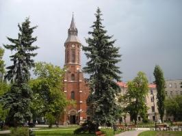 Kościół i otoczenie-16