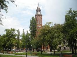 Kościół i otoczenie-18
