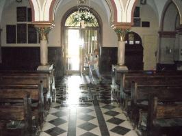 Kościół i otoczenie-4