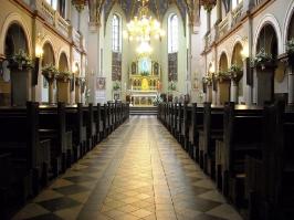 Kościół i otoczenie-6