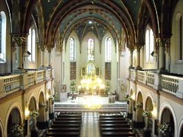 Kościół i otoczenie-9
