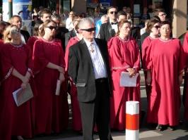 p. Jan Rybarski i chórzyści